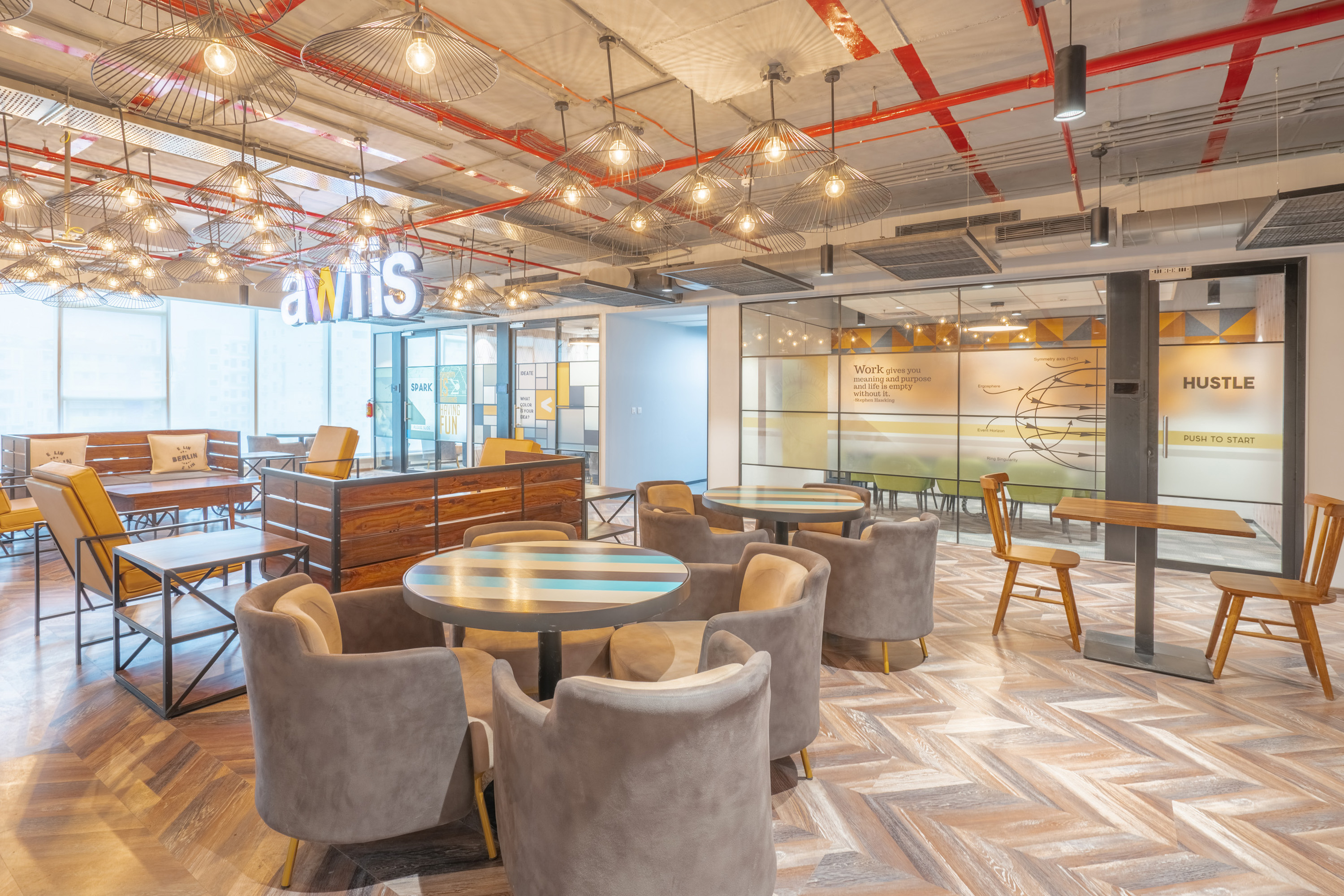 When mid-sized enterprises choose coworking