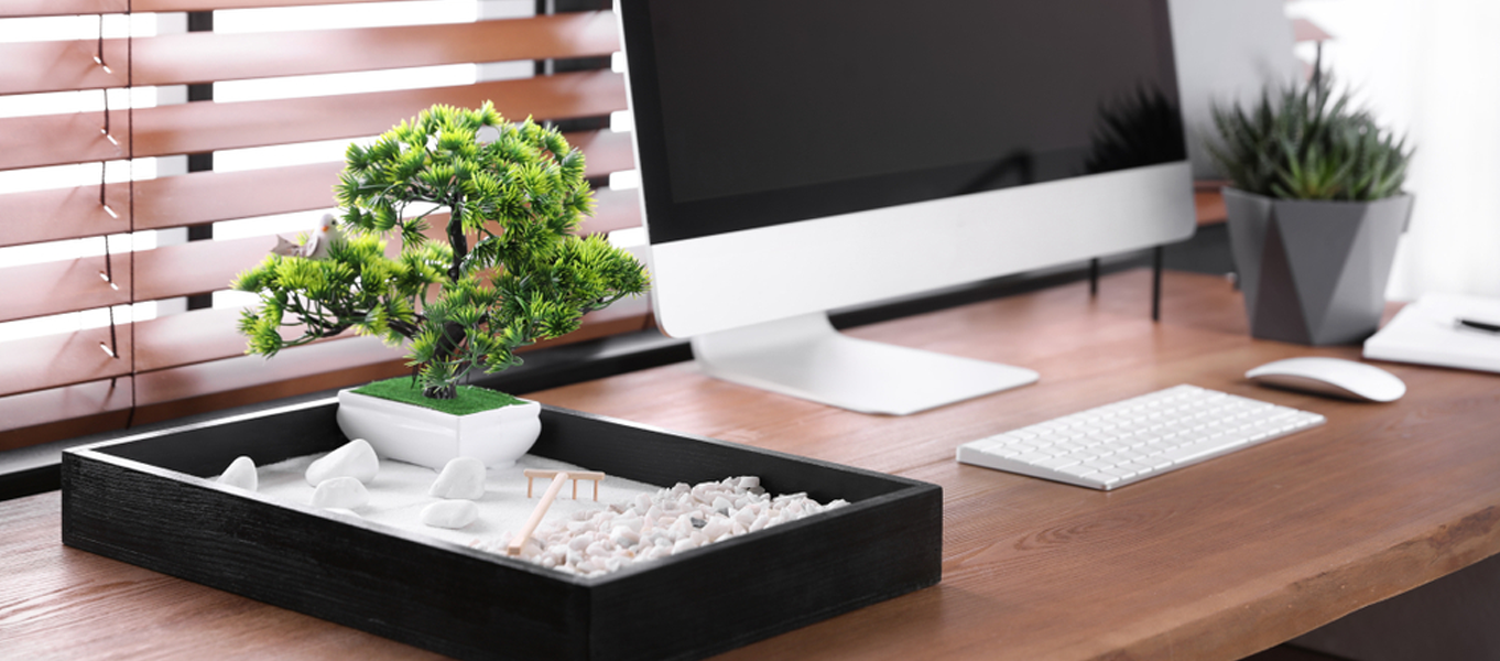 How to Make Your Desk Feng Shui Friendly?